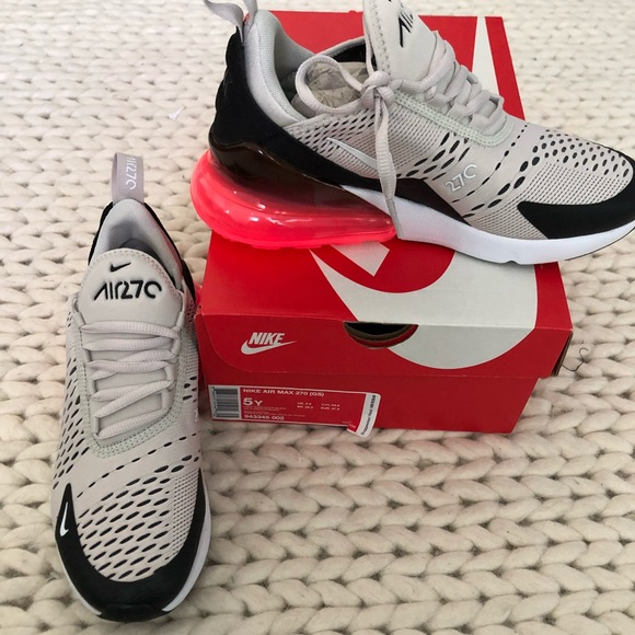 nike air max 270 junior white and red